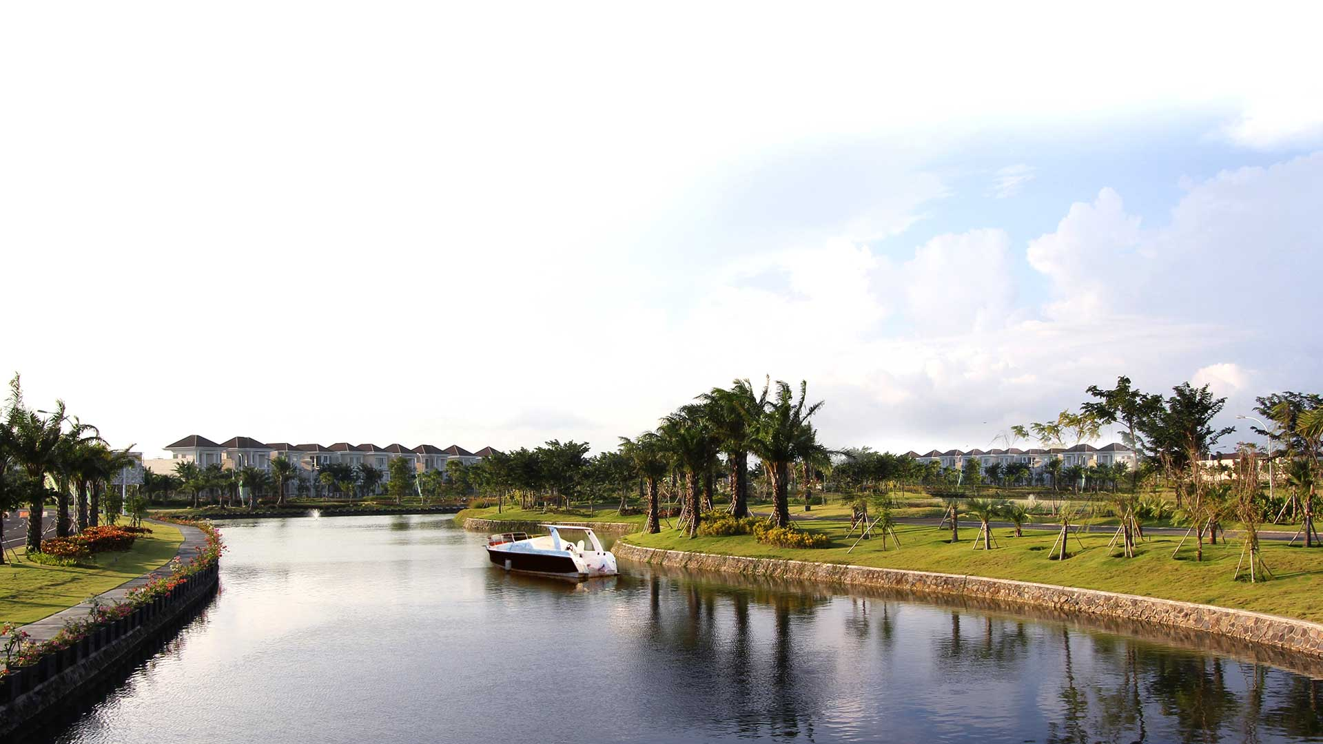 Pakuwon City Environment 06
